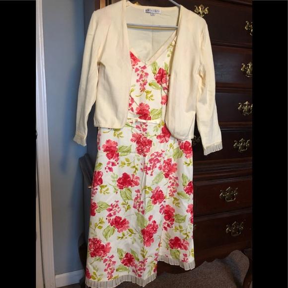 Plaza South Dresses & Skirts - Plaza South Floral Dress